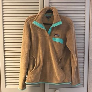 Women's Patagonia snap T Pullover for sale.